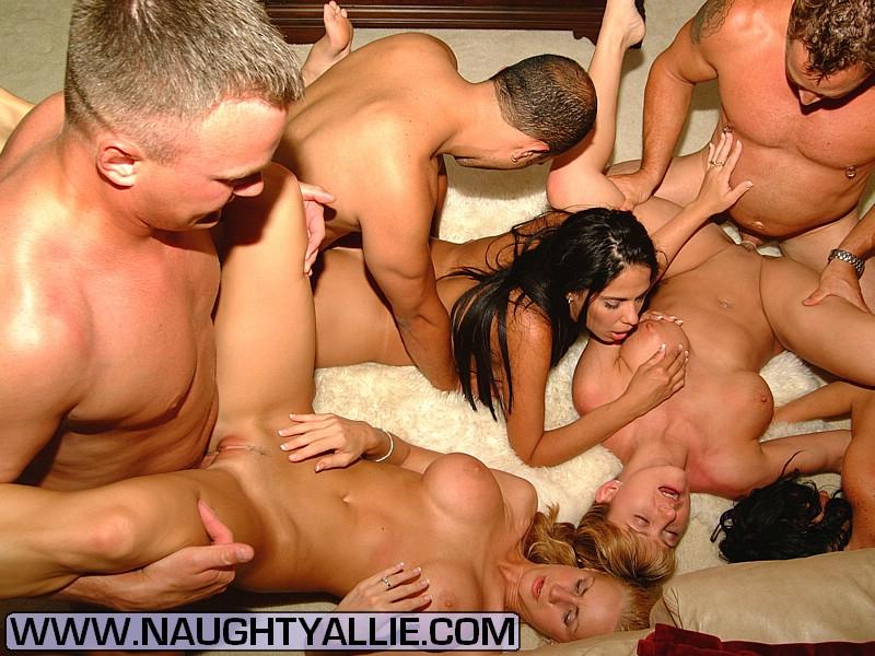 swinger amateur bbw orgy