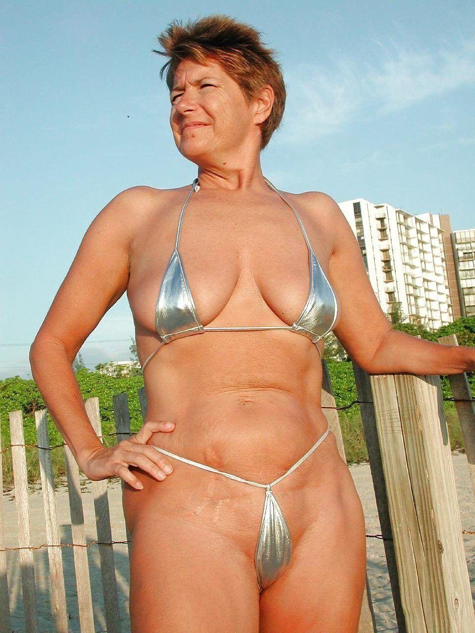 Mature naked bikinis porn pics and movies