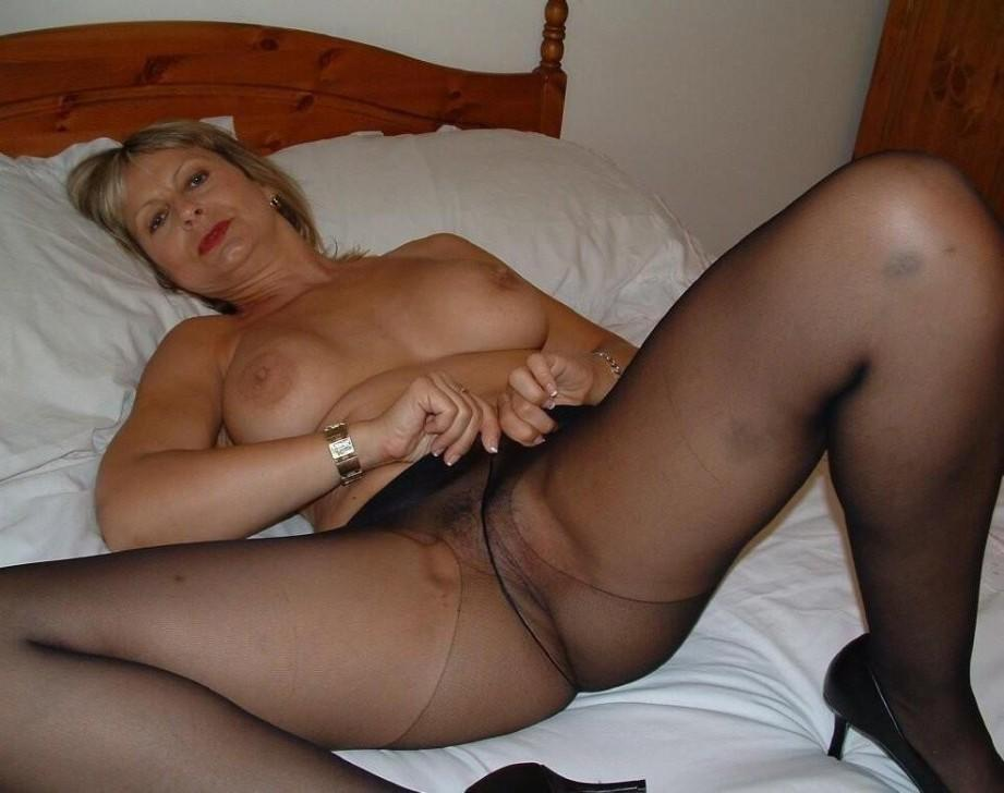 In mature pics ladies pantyhose Women in