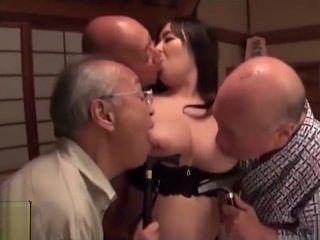 Kissing Gangbang