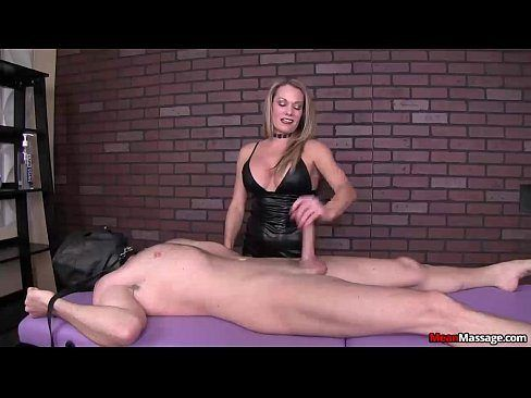 Wife squirts for first time