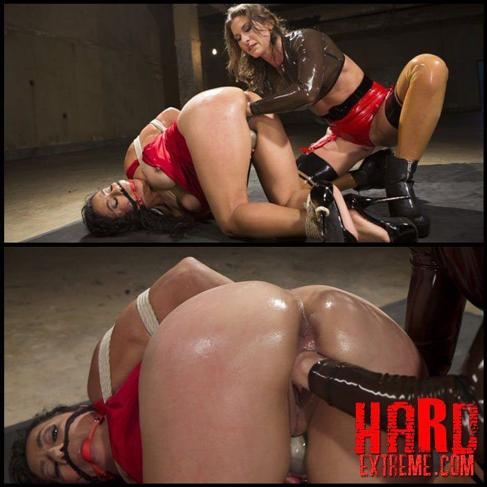 Female bondage fisting